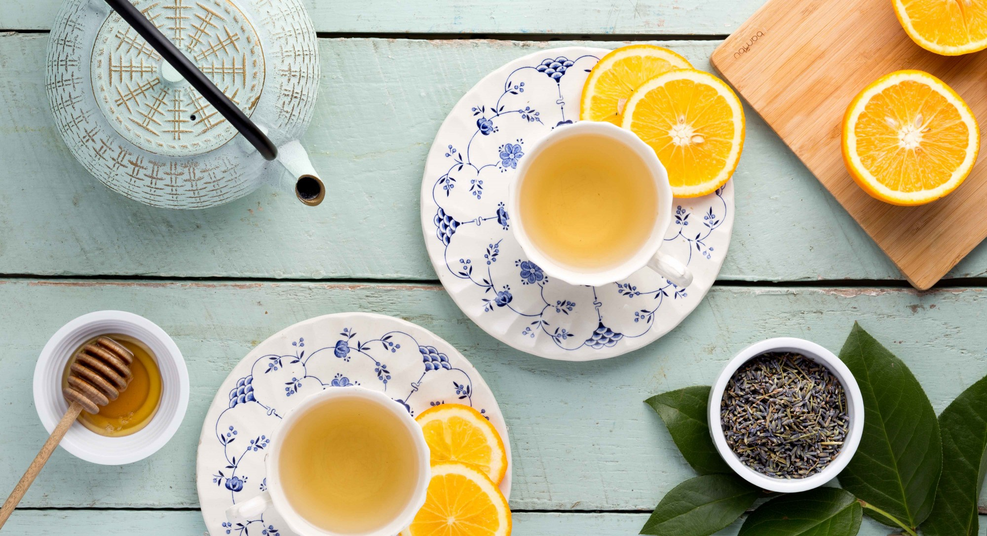 The Ultimate 2-Ingredient Tea to Drink When You're Stressed